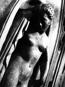 Gruft-Statue